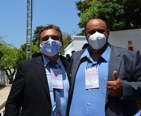 Reitor Janir Soares com presidente do CII - AMAJE e prefeito de Gouveia, Antônio de Souza