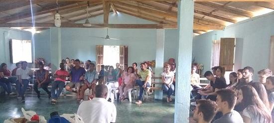 Foto da visita do alunos medicina comunidade quilombola
