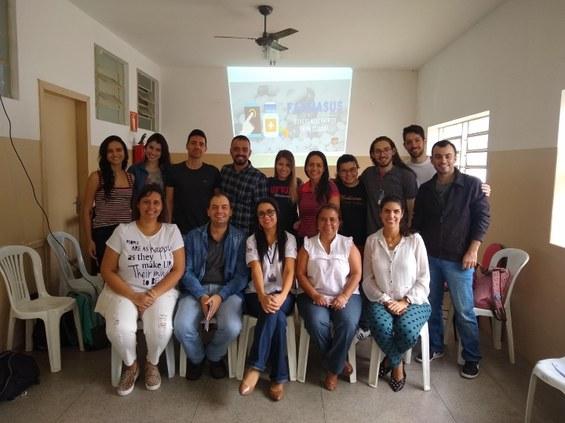 Estudantes do 11º período do curso de medicina da Faculdade de Medicina do Mucuri (Fammuc) apresentaram para a Comissão de Farmácia e Terapia da Secretaria Municipal de Saúde de Teófilo Otoni o aplicativo chamado FarmaSUS