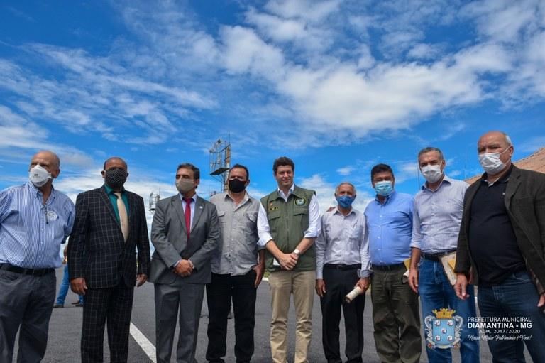 Ministro do Meio Ambiente e parlamentares visitam UFVJM - Foto 1.jpg