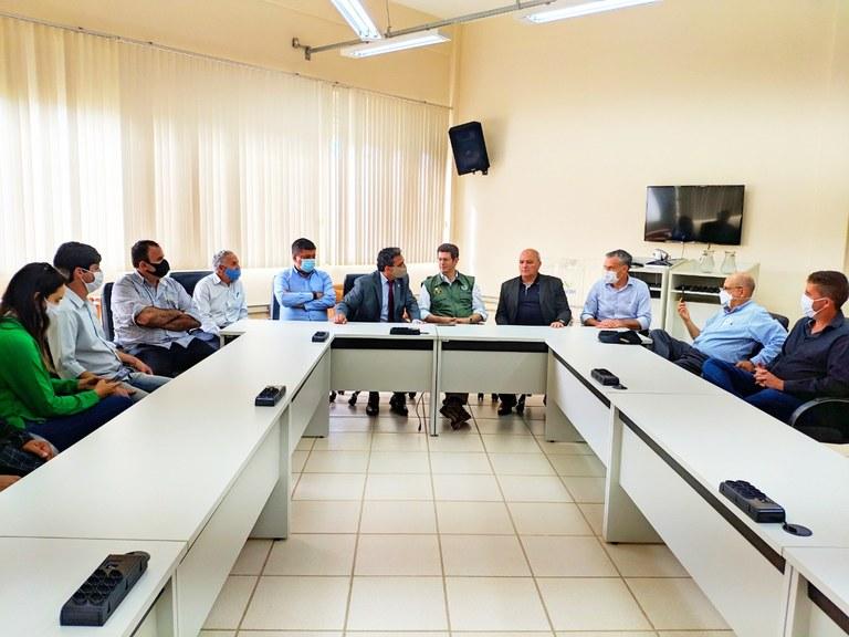 Ministro do Meio Ambiente e parlamentares visitam UFVJM - Foto 4.jpg