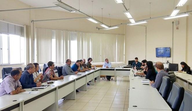 Reunião da comissão sobre pandemia do coronavírus