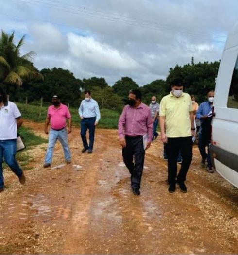 Visita de representantes da UFVJM e da Prefeitura de Curvelo à Fazenda Experimental do Moura02